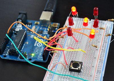 Taller Xnergic: Simulació i disseny de circuits amb Arduino