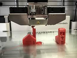 Taller Bibliolab: Creativitat, maker i disseny 3D, a càrrec d'Edukem-nos